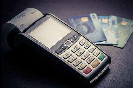 信用卡代还是什么?线上代还是怎么操作的?攻略